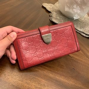 Gucci GG printed logo red leather wallet purse
